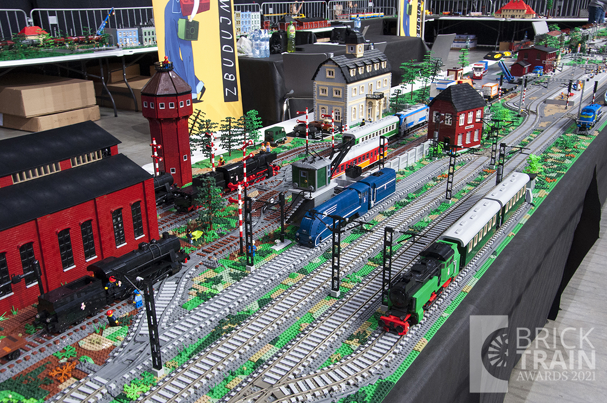 Best LEGO® Group Display